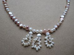 Hey, I found this really awesome Etsy listing at https://www.etsy.com/listing/203580664/classic-freshwater-pearl-necklace-pearl