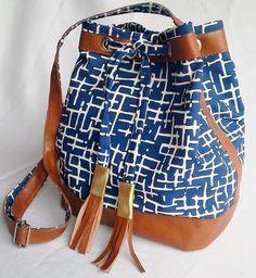 Bolsa saco  - couro legítimo