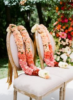 A Colorful Indian Wedding in Napa Valley wedding rituals A Colorful Indian Wedding in Napa Valley Indian Wedding Flowers, Flower Garland Wedding, Indian Wedding Ceremony, Indian Wedding Decorations, Flower Garlands, Wedding Vows, Rustic Wedding, Wedding Garlands, Wedding Garland Indian
