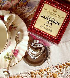 Raspberry tea paired with chocolate dipped tea cookies are a tasty treat. Coffee Time, Tea Time, Raspberry Tea, Cuppa Tea, My Cup Of Tea, Dessert, High Tea, Afternoon Tea, Afternoon Delight