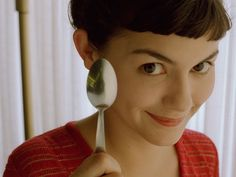 directed by Jean-Pierre Jeunet / starring Audrey Tautou, Mathieu Kassovitz My favourite Paris movies , Amelie is a young, naive, int. Audrey Tautou, Great Romantic Comedies, Romantic Movies, Cinema Video, Short Bangs, Choppy Bangs, Netflix Streaming, Movie Characters, Great Movies