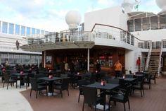 MSC Sinfonia: un restyling coi fiocchi Cruise, Capri, Outdoor Decor, Summer, Home Decor, Cow, Summer Time, Decoration Home, Room Decor
