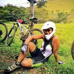 Bike girl Laura from Colombia www.bikegirls.blog.hu