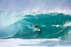 DEFINTIELY: The North Shore Photo Tour is the best way to get up close and personal with the largest, most powerful, and beautiful waves of Hawaii. Visit Hawaii, North Shore, Waves, Tours, Outdoor, Beautiful, Outdoors, Ocean Waves, Outdoor Games