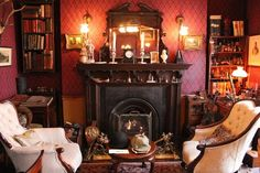 Consulting detective Sherlock Holmes lives in Baker Street in London. Victorian Interiors, Victorian Homes, Victorian Cottage, Victorian Decor, Victorian Era, Sherlock Decor, Sherlock Fandom, Holmes On Homes, Adventures Of Sherlock Holmes
