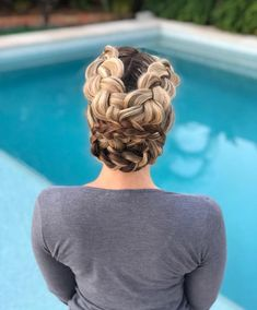 Party Updo with Criss Cross Braids Party Hairstyles For Long Hair, Bride Hairstyles, Cool Hairstyles, Medium Hair Styles, Natural Hair Styles, Short Hair Styles, Updo Styles, Cornrows, Haircut Tip