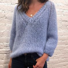 MUSTER - Mohair Pullover - make - Ideen finanzieren Jumper Knitting Pattern, Knitting Patterns Free, Knit Patterns, Pattern Shorts, Clothes Patterns, Mohair Sweater, Pullover Sweaters, Knitting Sweaters, Lace Knitting