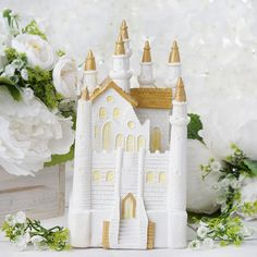 Diy Party Supplies, Unicorn Party Supplies, Princess Wedding Cakes, First Communion Cakes, Horse Cake, Harry Potter Cake, Book Cakes, Fairytale Castle, Winter Wonderland Wedding