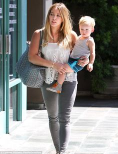 Hilary Duff - I hope to look this fashionable when I'm mom! She's perfect & her son too!