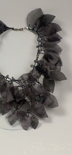 Black wedding gothic necklace with leaves for by FiveOClocks