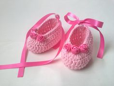 Crochet Baby Booties cotton gift baby shower por TatjanaBoutique
