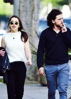 Emilia Clarke and Kit Harington - 9 February Emilia Clarke, Jon Targaryen, Serie Got, Kit And Emilia, A Dream Of Spring, Winter Is Comming, Game Of Throne Actors, Game Of Thrones Cast, John Snow