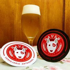 Cerveja Haven Pilsen, estilo Premium American Lager, produzida por Haven Cervejaria, Brasil. 4.5% ABV de álcool.