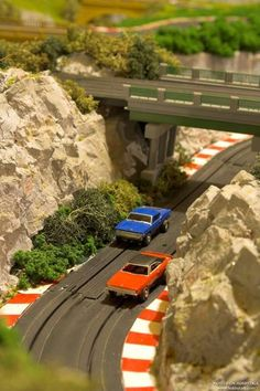 bridge Ho Slot Cars, Slot Car Racing, Slot Car Tracks, Carrera Slot Cars, Car Racer, Car Images, Plastic Model Kits, Rc Cars, Courses