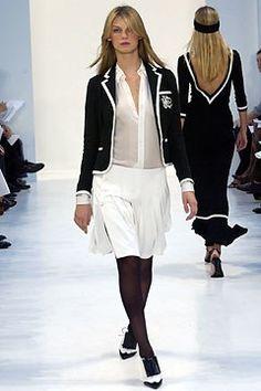 Ralph Lauren Spring 2004 Ready-to-Wear Undefined Photos - Vogue