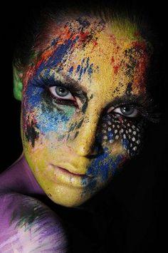 Added by:Tina Remizova#artistic #colors #makeup