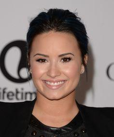 demi lovato black hair | Demi Lovato Goes Back To Black Hair, Well Sort Of