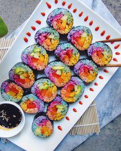 Rainbow Unicorn Sushi - the indigo kitchen Sashimi, Rainbow Food, Taste The Rainbow, Rainbow Things, Rainbow Crafts, Unicorn Foods, Blue Food Coloring, Unicorn Crafts, Pasta