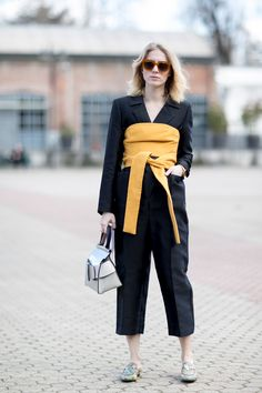 The Best Street Style At Milan Fashion Week Autumn Winter 2017 black jumpsuit, yellow obi belt Street Style Chic, Milan Fashion Week Street Style, Street Style 2017, Autumn Street Style, Milan Fashion Weeks, Cool Street Fashion, Street Style Looks, Street Style Women, Daily Fashion