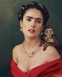 photo by Annie Liebovitz - Selma Hayak - Frieda - beautiful - Google Image Result for http://media.vogue.com/files/filecheck/2012/04/11/animals-2002-10-annie-leibovitz_144102115764.jpg_article_gallery_slideshow_v2.jpg
