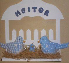 cerquinha em MDF pintado  ninho patchouli  pássaros em tricoline 100% algodão - cores opcionais    pássaros 14x9  bebê - 5 cm R$60,00