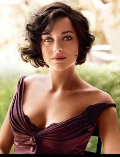 Best short hairstyles for wavy or curly hair.  Checkout 26 more hairstyles for short curly hair.
