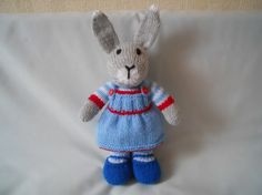 knitted rabbits,