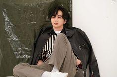 Yo Seung Ho, Rain Jacket, Bomber Jacket, Handsome Korean Actors, Korean Men, Kdrama, Windbreaker, Photoshoot, Backpacks
