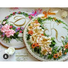Ribbon Rose, Ribbon Art, Silk Ribbon Embroidery, Hand Embroidery, Decorative Plates, Brooch, Zipper, Bird, Handmade