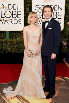 Golden Globes 2016. Zoe Kazan in Miu Miu and Paul Dano