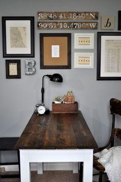 30+ Farmhouse Office Desk Ideas – FarmhouseMagz Farmhouse Furniture, Sofa Furniture, Office Furniture, Office Desk, Farmhouse Office, Farmhouse Style, Home Panel, Desk Makeover, Recycling
