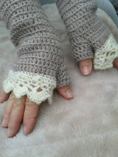 Crochet Wrist Warmers Fingerless Mittens by PonchosandScarves