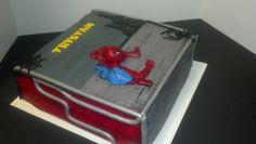 Spider Man cake by Luella Goodall on www.cakeside.com!  http://cakeside.com/creations/1237-Spider-Man-cake