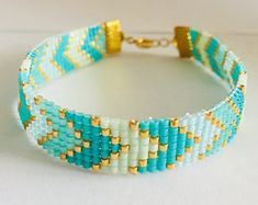 beads jewelry making Bead Loom Bracelets, Beaded Bracelet Patterns, Bead Loom Patterns, Beaded Earrings, Beading Patterns, Embroidery Bracelets, Bracelet Designs, Jewelry Bracelets, Bead Jewellery
