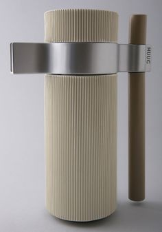 'stream kettle' project by shenkar college of engineering and design, ramat gan Contemporary Design, Modern Design, Minimalist Design, Kitchenware, Tableware, Industrial Design, Design Trends, Tea Pots, Cool Designs
