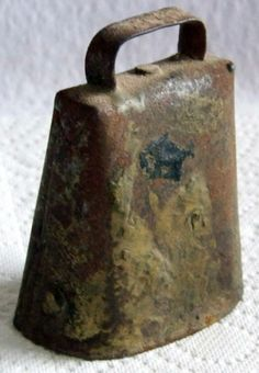 """Small Sheep Cow Bell Cowbell Western Decor 3"""" Vintage Old Farm Tool"""