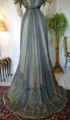 Grey Silk Chiffon Reception Gown, ca. 1909. Edwardian fashion. Such an elegant train on this beautiful antique dress.