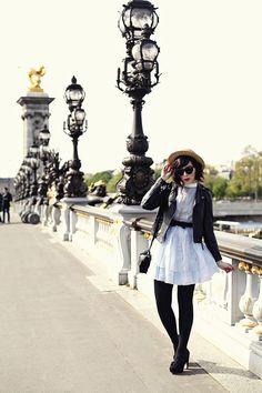 Bonjour, Paris! - keiko lynn