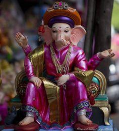 Ganesh chaturthi ki shubh-kamnaye – The Mommypedia Shri Ganesh Images, Ganesh Chaturthi Images, Ganesha Pictures, Happy Ganesh Chaturthi, Ganesh Idol, Ganesha Art, Om Ganesh, Krishna Art, Ganesh Bhagwan