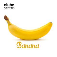 O magnésio, a vitamina B6 e o aminoácido triptofano – no qual a banana é uma excelente fonte - são fundamentais para a produção de neurotransmissores, como a serotonina, que confere bom humor e tranquilidade. Por isso, a banana pode ser uma aliada contra a TPM, tendência a tristeza e processos depressivos. Ajudará, inclusive, no combate à insônia.  Saiba mair em facebook.com/clubedozero ou em instagram.com/clubedozero