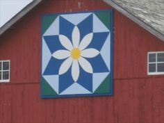 """Texas Daisy"" Barn Quilt – Adaza, IA - Painted Barn Quilts on Waymarking.com"