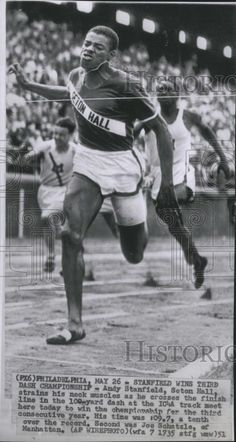 Andy Stanfield | Olympic Gold 200 meter 1952 Helsinki - Silver Medal 200mt  1956 Melbourne Olympics World Athletics, Us Olympics, Star Wars, Olympic Athletes, Track And Field, Helsinki, Email Address, Grease, Marathon