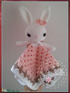 Amigurumi Doll, Crochet Patterns, Bunny, Dolls, Christmas Ornaments, Holiday Decor, Creative, Crocheting, Samsung