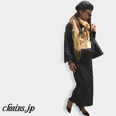 【着物コーディネート】 ネイビーのチェック着物に生成りの帯を合わせてベレー帽とパンプスを合わせました。 素朴な着物と帯にレトロ感の出るベレー帽とモダンで現代風なパンプスでレトロモダンな雰囲気に。 http://www.chuins.jp #着物 #コーディネート #パンプス #ベレー帽