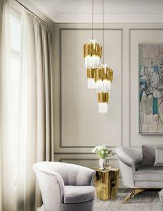 Wie ein moderner Sessel für Ihr Wohnzimmer Design wählen | Klassich Grau Samt Sessel mit gold Beistelltisch und Luxus Kronleucht | http://wohn-designtrend.de/ | #luxusdecor #luxuswohnzimmer #modernwohnzimmer