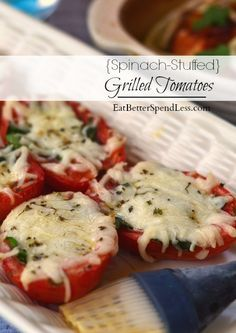 I'm so excited to share this recipe for spinach-stuffed grilled tomatoes with you. They're a nice change of pace, healthy, easy, and yummy! Side Dish Recipes, Vegetable Recipes, Vegetarian Recipes, Cooking Recipes, Healthy Recipes, Vegetarian Grilling, Veggie Food, Side Dishes, Grilled Tomatoes
