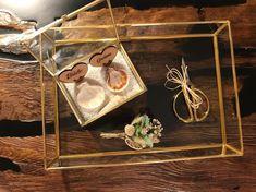 Otomatik alternatif metin yok. Wedding Ring Box, Wedding Ceremony, Dream Wedding, Engagement Decorations, Wedding Decorations, Ring Pillows, Ring Bearer, Plexus Products, Wedding Details
