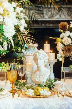 Greek Party Decorations, Wedding Decorations, Table Decorations, Decor Wedding, Wedding Colors, Wedding Flowers, Greek Wedding Theme, Wedding Table, Wedding Ideas