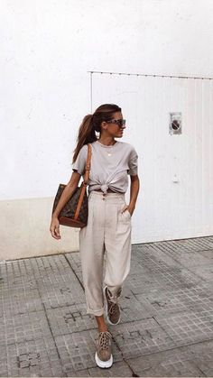 38 Ideas For Clothes Dresses Casual Moda Neue Outfits, Komplette Outfits, Spring Outfits, Trendy Outfits, Fashion Outfits, Fashion Tips, Hijab Fashion, Fashion 2020, Look Fashion