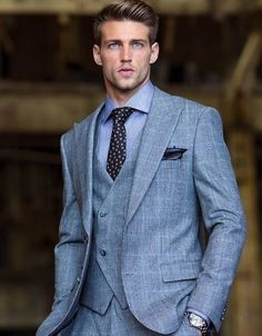 This is a good look. Very classy. Heath Hutchins by Christoph Strube for Sharp Magazine Sharp Dressed Man, Well Dressed Men, Gentleman Mode, Gentleman Style, Fashion Mode, Mens Fashion, Fashion Black, Heath Hutchins, La Mode Masculine